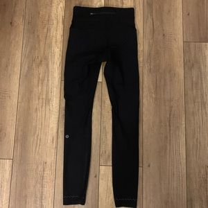 Lululemon Zoned In Tight Black Sz 6